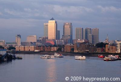 Canary Wharf & Boats 2