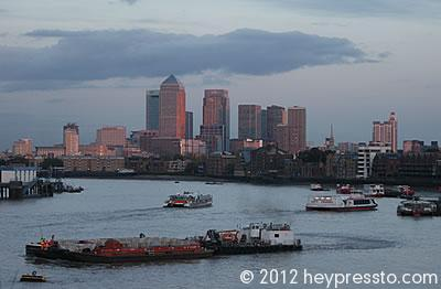 Canary Wharf Sunset With Boats