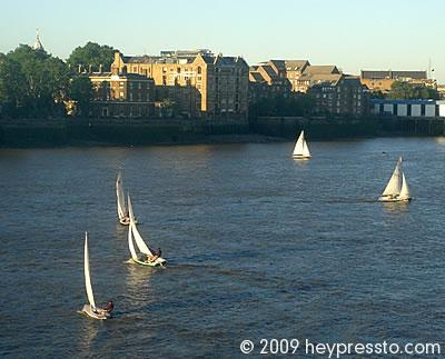 Sailing on the Thames