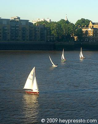 Sailing on the Thames 2